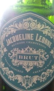 Jaqueline Leonne Brut